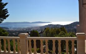 MAZET Exceptionnelle vue MER à 180° CAVALAIRE sur mer (proche st Tropez)