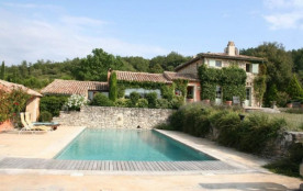 Maison provençale au calme avec piscine