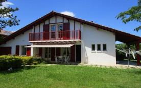 FR-1-4-393 - Maison Anaiak - avec jardin dans le bourg d'Urrugne