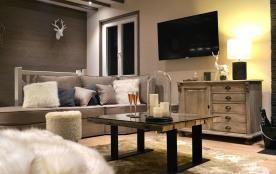 Luxueux Chalet pour 8 personnes, idéalement situé, au calme, Wifi Gratuit