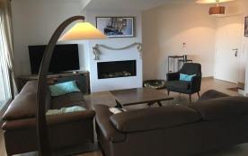 Très bel appartement neuf en duplex 4ème et 5ème étage, ascenseur, avec balcon et terrasse situé ...