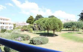 La Baule (44) - Quartier La Baule Les Pins - Résidence Royal Park. 2 pièces - 35 m² environ - jus...