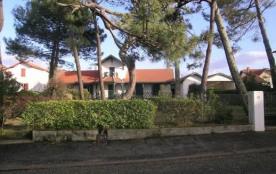 Quartier Plage et Port - Appartement dans Villa de 55 m² environ pour 5 personnes situé à 400 m d...