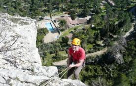 Camping Domaine La Vallée Heureuse - Mh Confort 2ch 5pers + Terrasse Couverte