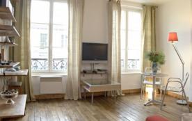 Romantic Studio Marais