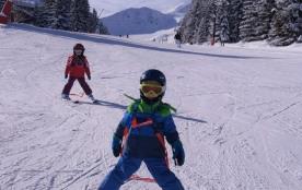 Pistes faciles idéales pour les tous petits. Easy slopes for little ones.