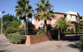 Résidence Les Lavandiers, 2 piscines et 1 tennis. Angle avenue Lyautey-chemin des Canissons.