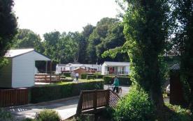 Flower Camping des Vallées, 36 emplacements, 24 locatifs