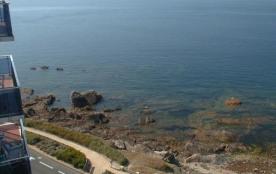 Avec une très belle vue sur mer, très agréable STUDIO pour 2 pers. tt équipé !!! A VOIR