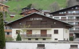 Appartement 5 pièces d'une superficie de 120 m² environ.