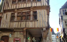 Maison à pans de bois à Dinan