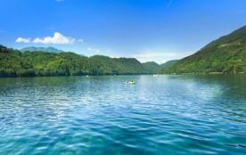 Camping Village Lago Levico****, 260 emplacements, 30 locatifs
