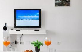 BeachFront Apartment Las Burras MG8