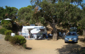 Camping Les Lauriers Roses, 53 emplacements, 24 locatifs