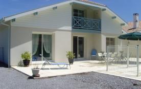 Charmante maison landaise avec piscine proche des plages