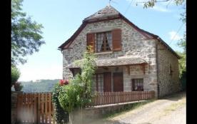 Gîte Le Collet - Ancienne grange rénovée et indépendante au calme avec vue panoramique sur lac.