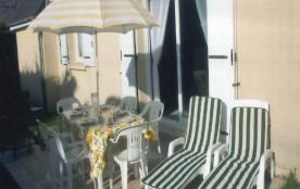 Nul doute, vous êtes en bord de mer! Cette villa tout confort sera parfaite pour respirer l'air i...