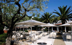 Camping CYPSELA RESORT - MH 3ch 6pers 35m² + Terrasse Bois