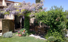 Coquet appartement duplex dans villa, avec terrasses et jardin