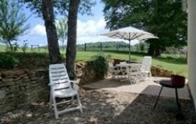 A 7 km du lac de la Liez, maison indépendante dans village (avec parking, terrasse et jardin) où ...