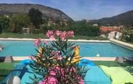 12 P  PISCINE/SPA -15 MN CENTRE - VUE IMPRENABLE - Foix