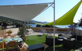 A 50 mètres de la  plage du Ruppione villa tout confort  avec superbe terrasse   et  grand jardin