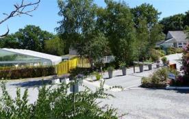 Camping Les Parcs, 92 emplacements, 27 locatifs