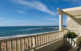 Confortable appartement belle vue océan avec grande terrasse au quatrième étage dans Résidence de...