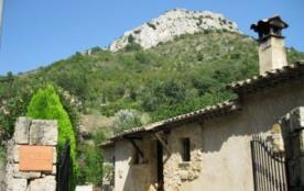 Appartement de charme 4 * dans villa à Vence vue Mer