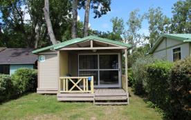 Chalet Némo (4 personnes) - Le camping 3 étoiles le Domaine de Pont-Mahé vous propose pour vos va...