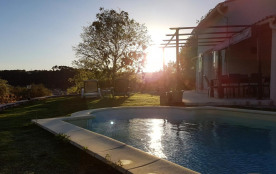 villa avec piscine 9 personnes