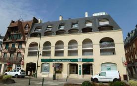 API-1-20-6815 - Deauville-Trouville