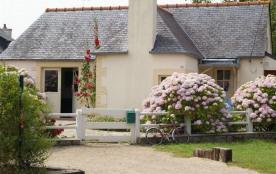 Maisonnette de plain-pied à 50m de la mer à Trégastel (Baie de Ste-Anne), 700m centre approvision...