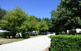 Camping La Porte d'Autan, 78 emplacements, 9 locatifs