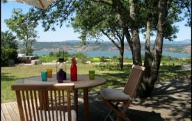 Gîte des vignes au bord du lac du Salagou