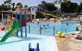 MH 3 chambres 6/7 places 30 m² + terrasse intégrée. Aux joies du parc aquatique se joignent les joies des balades en ...