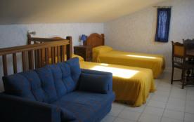 chambre au 1er étage avec traversin