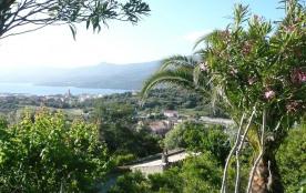Villa confort 4 étoiles dans un parc privé et protégé avec piscines parking