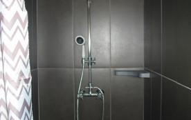 2ème salle de bains - douche