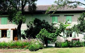 Gîtes de France La Chureau - Ferme Dauphinoise indépendante en pisé située en pleine campagne, vu...