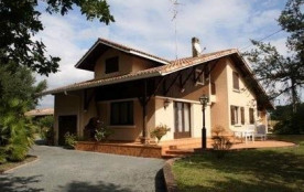 Detached House à AZUR