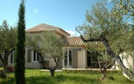 3 Gîtes avec piscine, entre Provence et Languedoc, au Sud de la France - Souvignargues