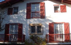 Appartement F3 dans une maison Basque, avec terrasse