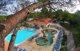 Camping Mayotte Vacances 5* - Mobil-home Confort - 2 chambres - 4/6 personnes