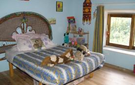 une autre chambre à lit double