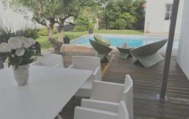 Villa avec piscine - 8 personnes.