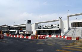 La nouvelle gare de Cannes. Magnifique. 2mn à pied de l'appartement.