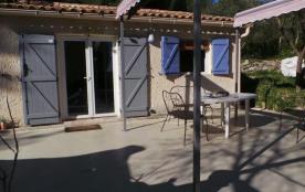Maison ,paradis provençal, à 5 min des plages en voiture avec un grand jardin