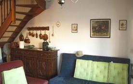 FR-1-309-128 - Charmante maison avec terrasse et jardin