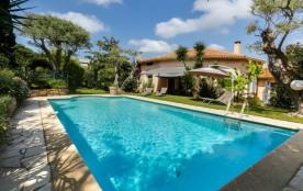 Villa de caractère à la pointe du Cap d'Antibes